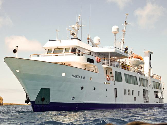Isabela II Galapagos Cruise