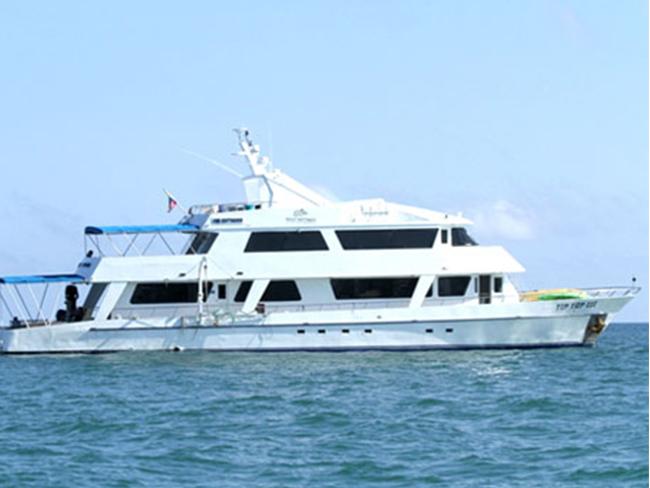Tip Top III Galapagos Cruise